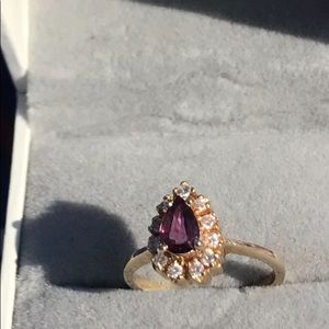Beautiful natural ruby, 14k and natural diamonds